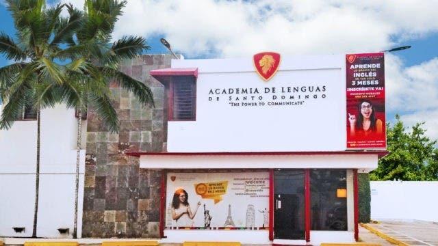 Academia otorga becas a atletas dominicanos de las Olimpiadas Tokio 2020
