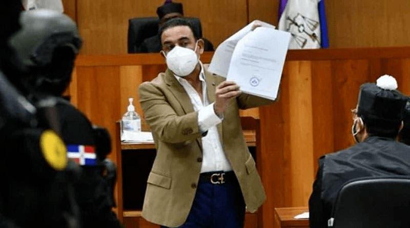 Alexis Medina continuará en prisión