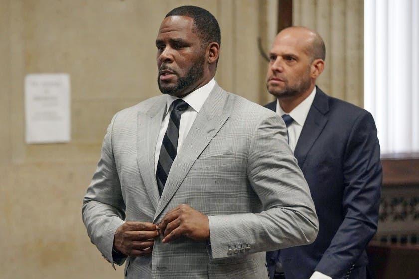 Hombre declara que R. Kelly abusó sexualmente de él