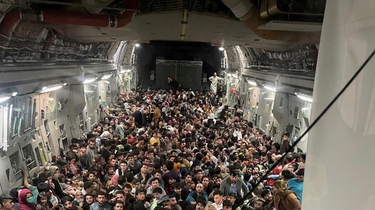 EE.UU. evacuó a 2.000 personas de Afganistán