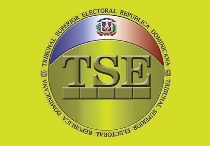 Exhortan TSE valorar declaración presidente JCE