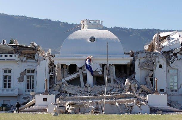 """EU ve """"probable"""" un alto número de víctimas terremoto en Haití"""