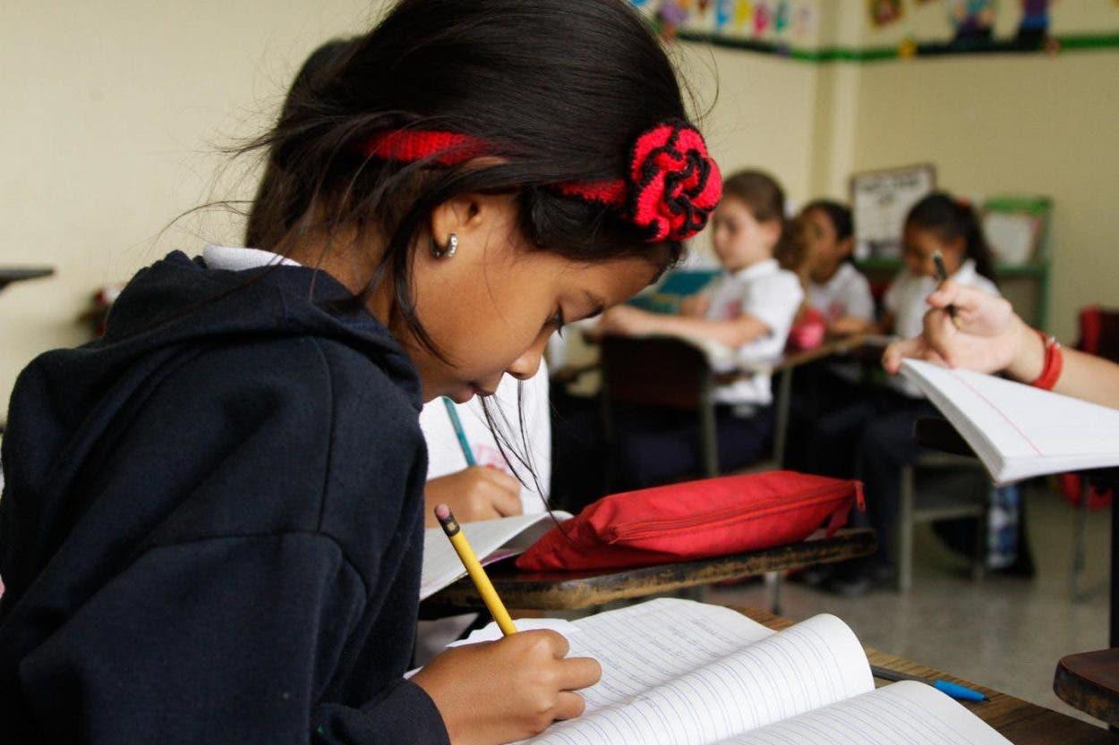Unicef- casi 86 millones de menores de Latinoamérica aún no van a la escuela
