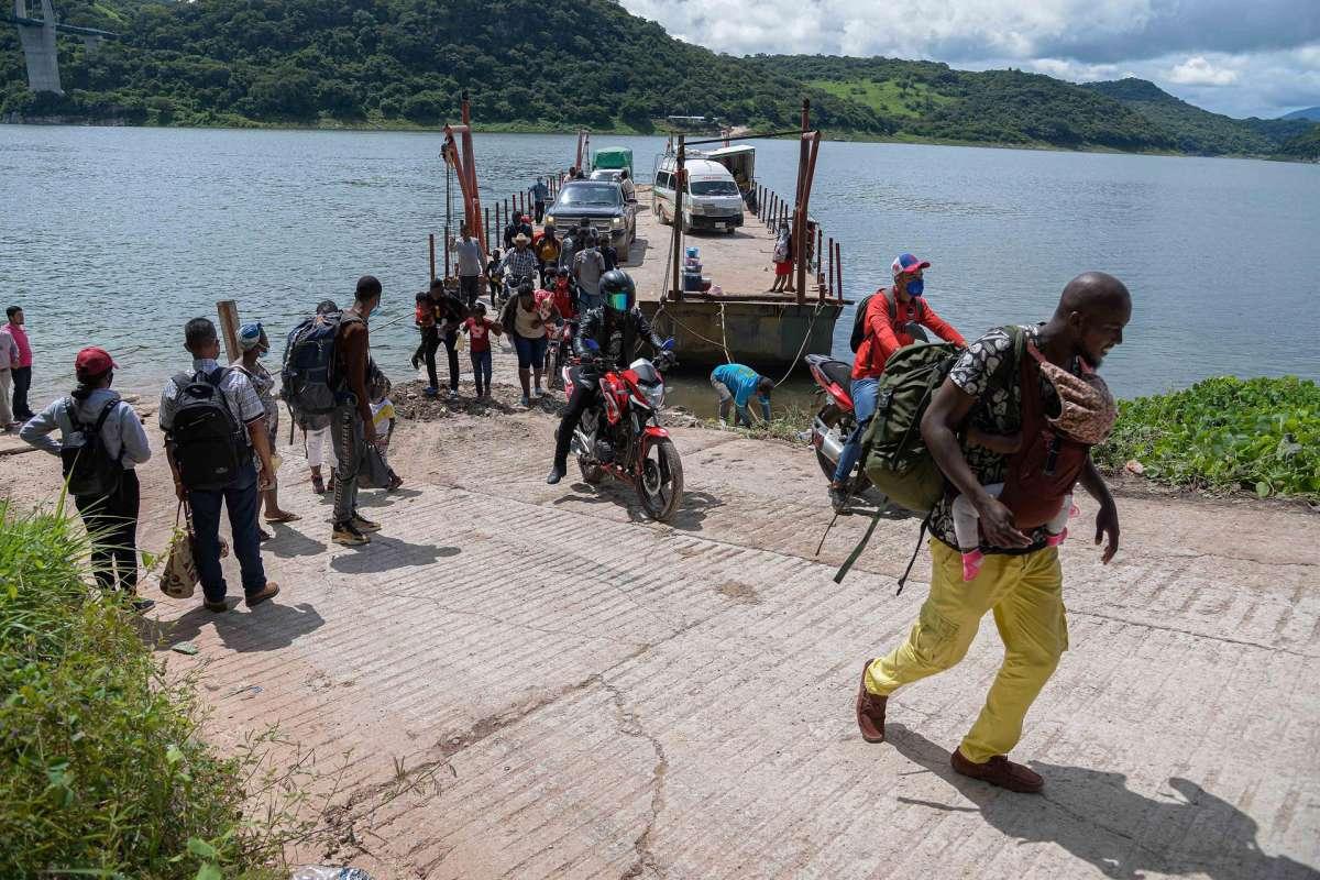 Llegada de haitianos satura albergues de la ciudad mexicana de Reynosa