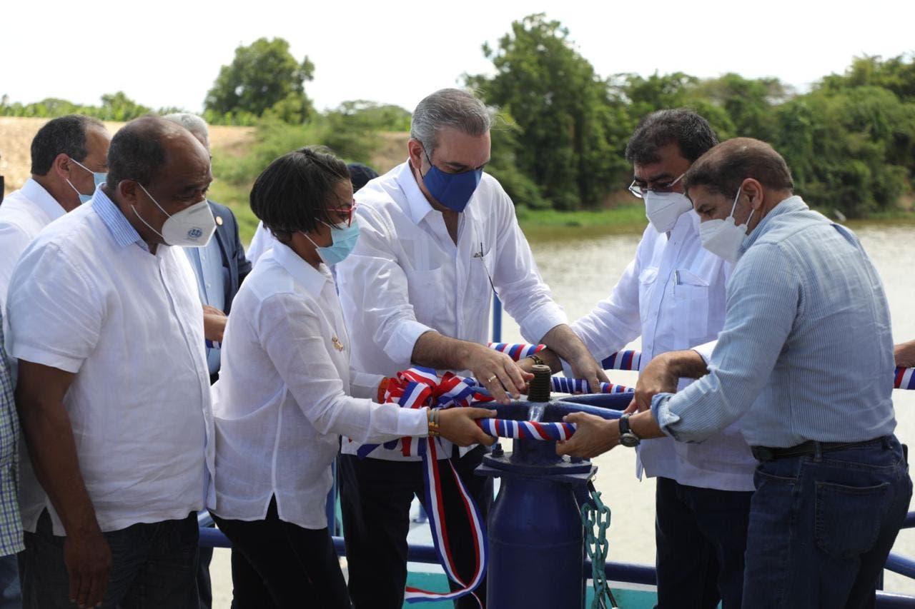 Abinader entrega obras de riego por más de RD$84 millones en Montecristi