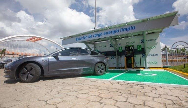 Popular destaca préstamos para carros eléctricos