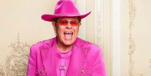 Elton John aplaza conciertos por lesión