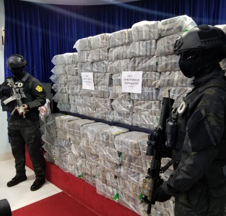 Política y liderazgo contra narcotráfico