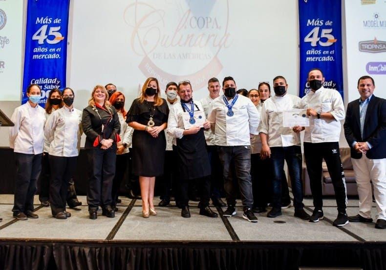 Dominicanos ganan oro en Copa Culinaria