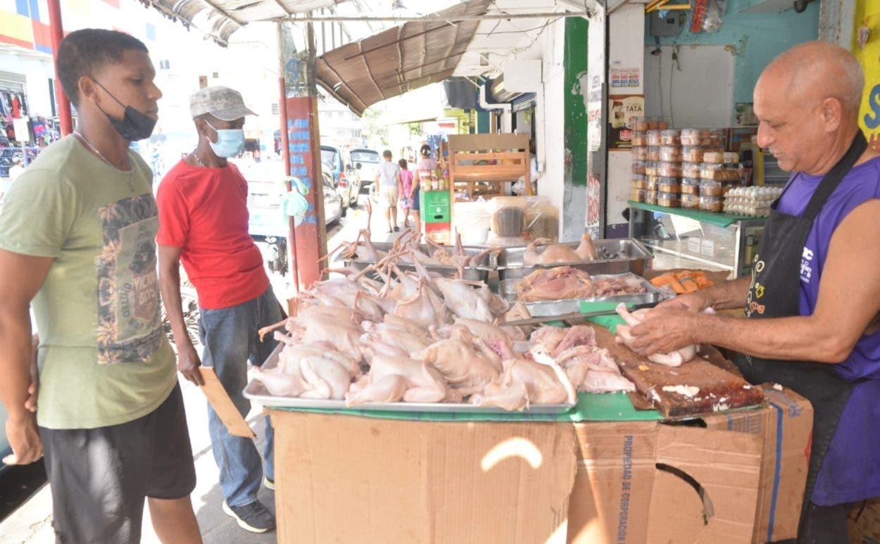 Autorizan importar pollo