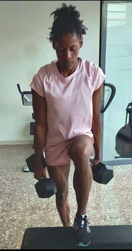Marileidy alterna su trabajo en la pista con sesiones de pesas con la finalidad de unir destreza con fortaleza.