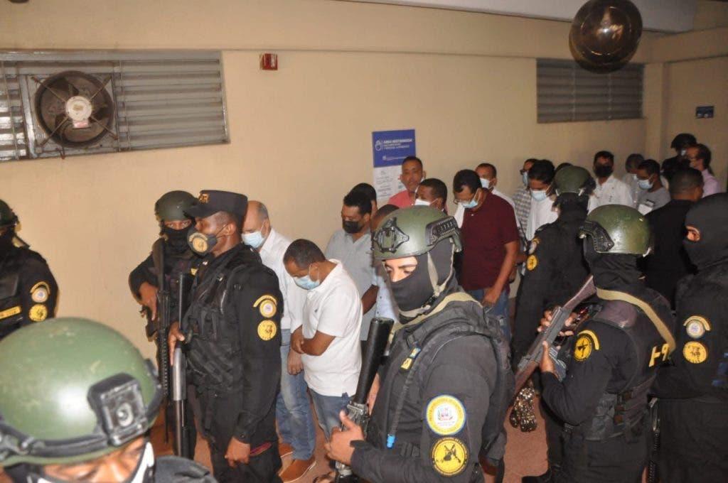 Los imputados del caso Falcón cuando son llevados al tribunal para el conocimiento de la medida de coerción por la jueza Iris Borges.
