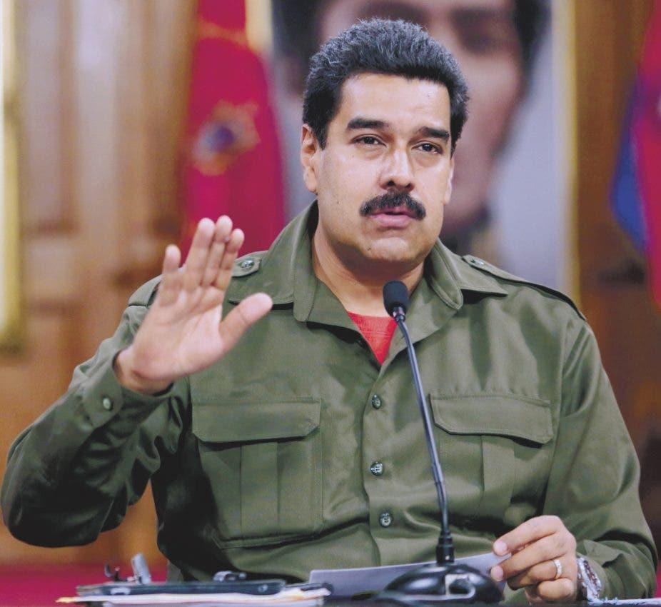 Maniobra de Nicolás Maduro