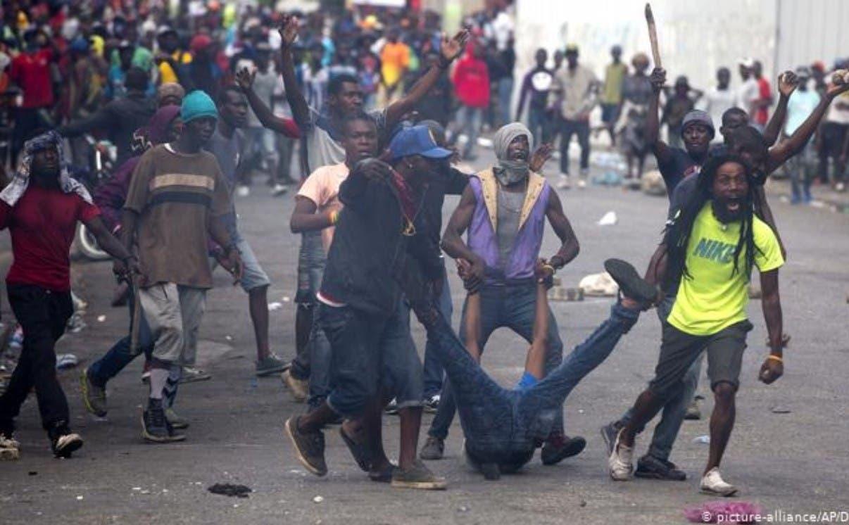 Finjus apoya posición Abinader sobre Haití