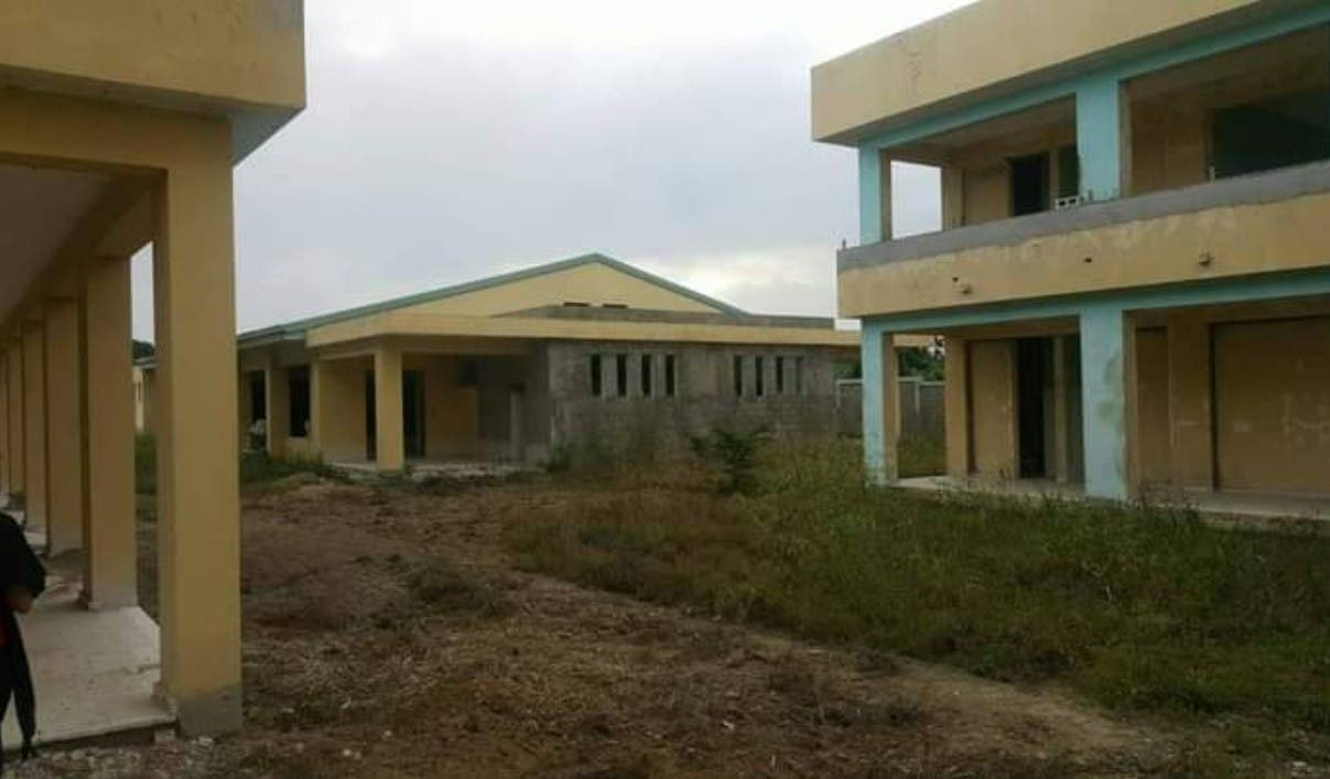 Advierten deterioro escuelas Navarrete