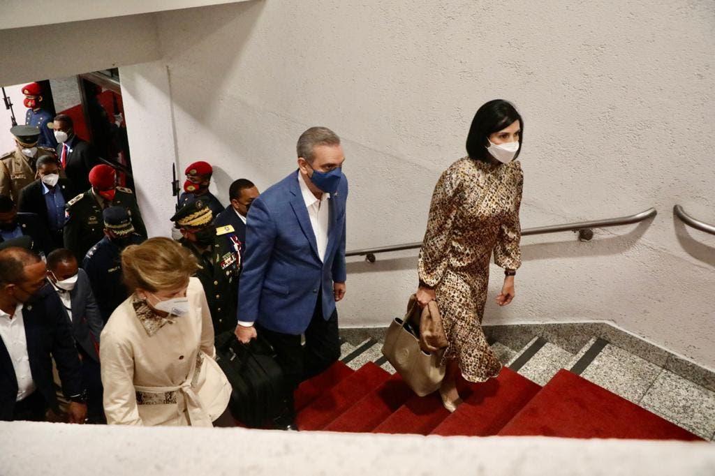 Abinader sale a NY a participar en Asamblea ONU