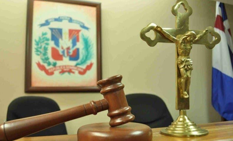 Echan 20 años cárcel por violación a hijo