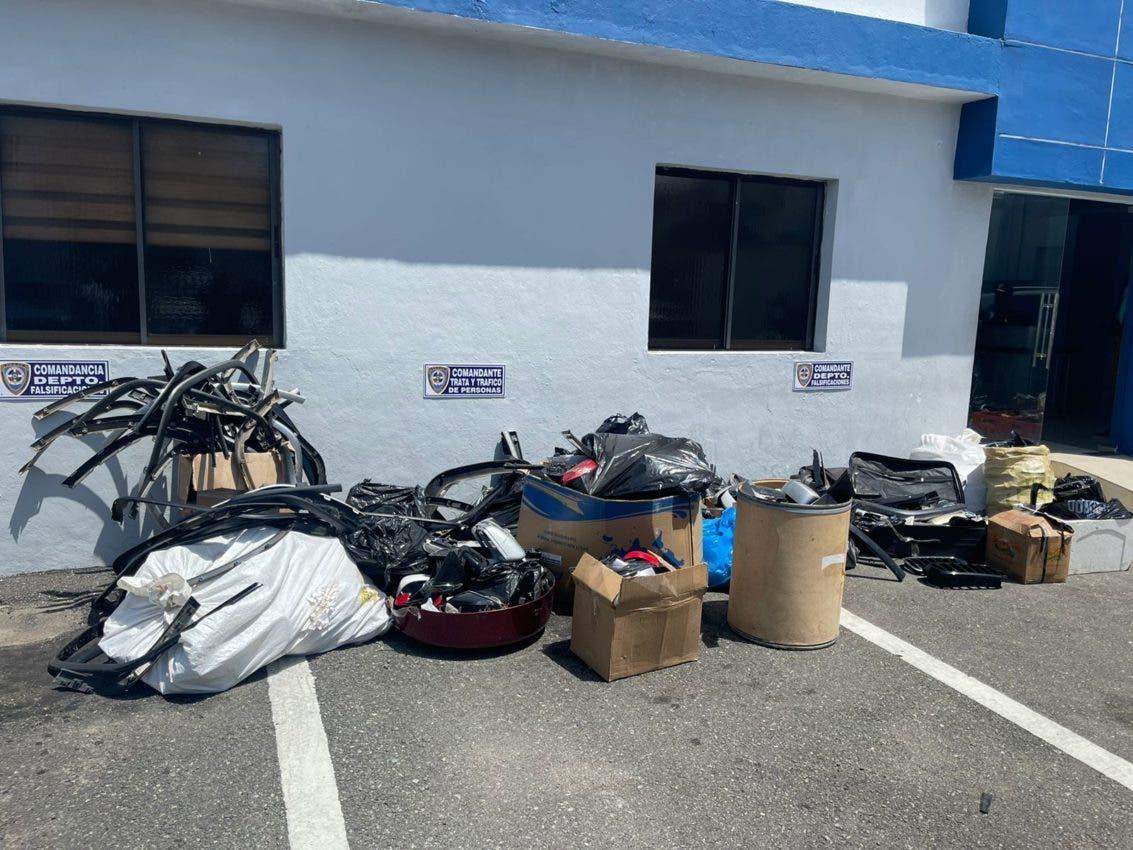 Apresan 6 supuesta banda robaba retrovisores