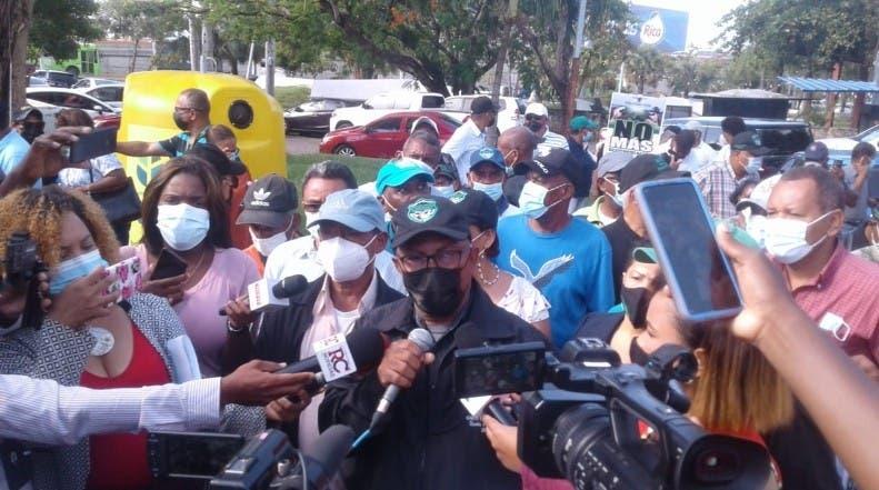 Protestan en Agricultura por despidos