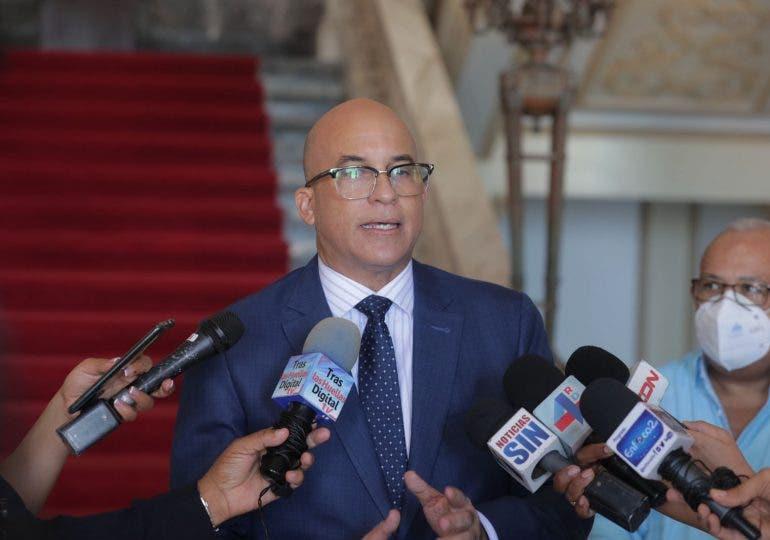 Desmiente presidente Abinader ofreciera fiesta en Nueva York