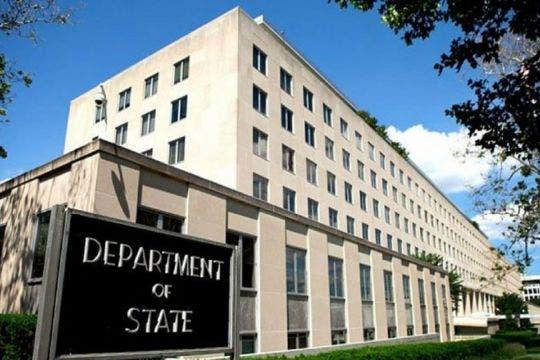 EEUU critica labor de su enviado especial para Haití tras dimisión