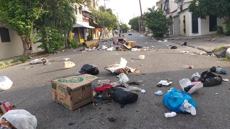 Protestan en Navarrete en demanda obras