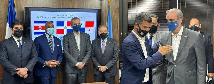 Eric Adams se reúne con líderes latinoamericanos