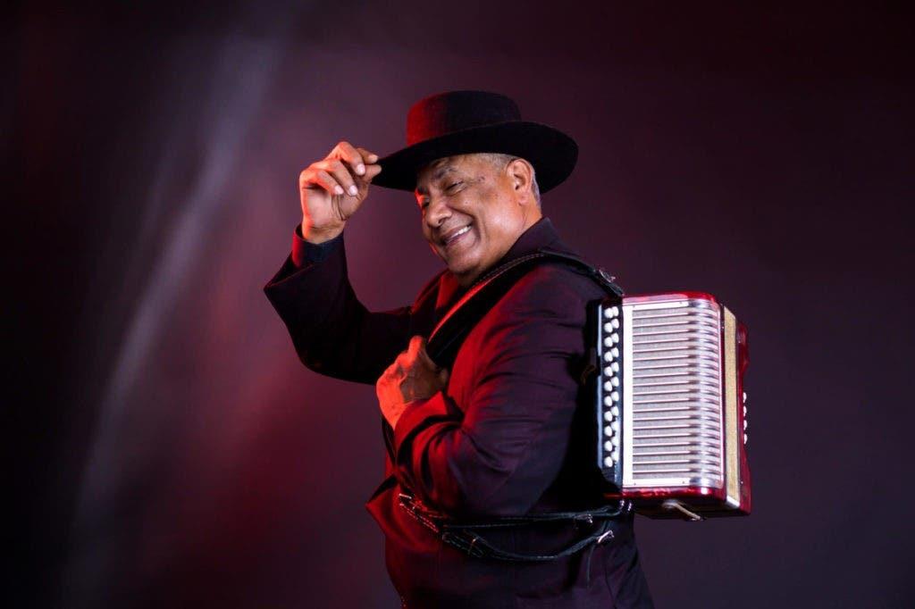 Francisco Ulloa celebra 50 aniversario con gira EU