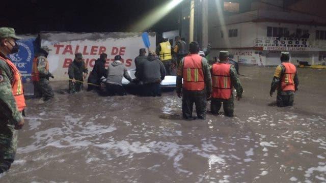 México: 10 muertos en hospital inundado por intensas lluvias
