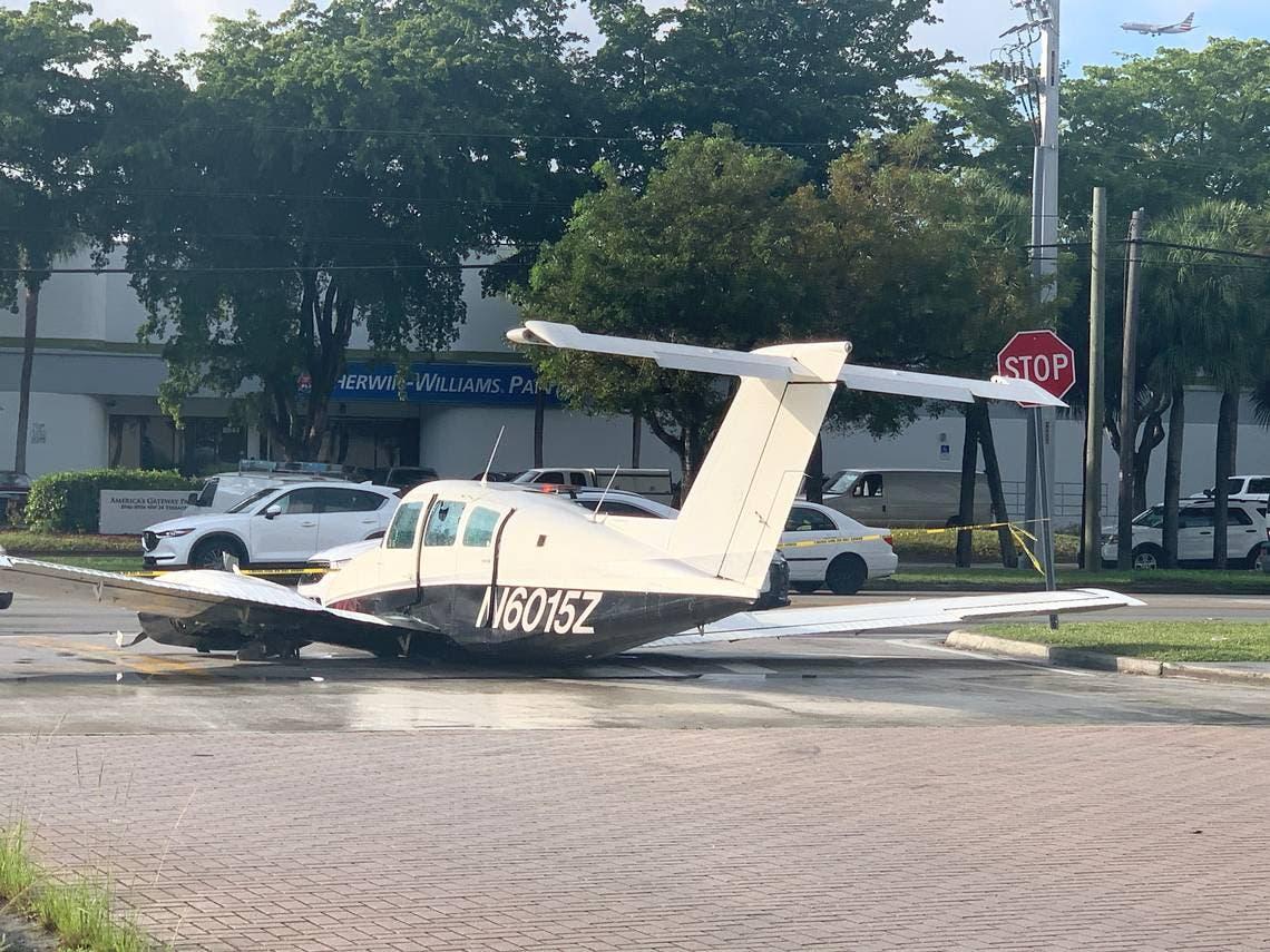 Ocupantes avioneta sobreviven a aterrizaje forzoso