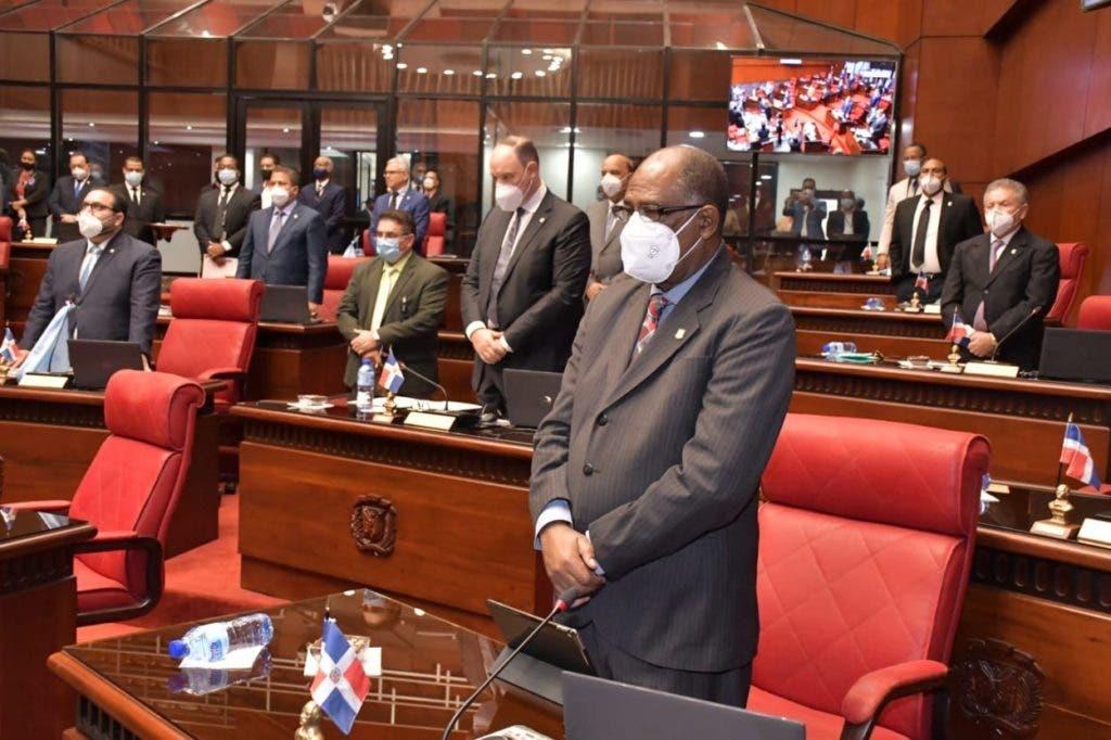 El Senado de la República aprobó en primera lectura el proyecto de Ley Nacional de Vacunas de la República Dominicana.