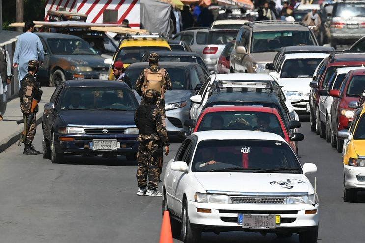 Talibanes dicen ganan terreno en el último bastión de la resistencia