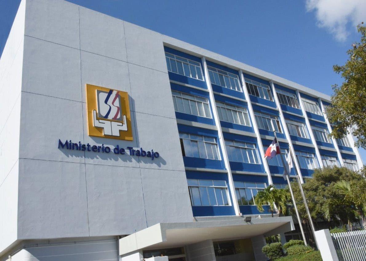 Ministerio de Trabajo invita a jornada de empleos en el DN y Bávaro