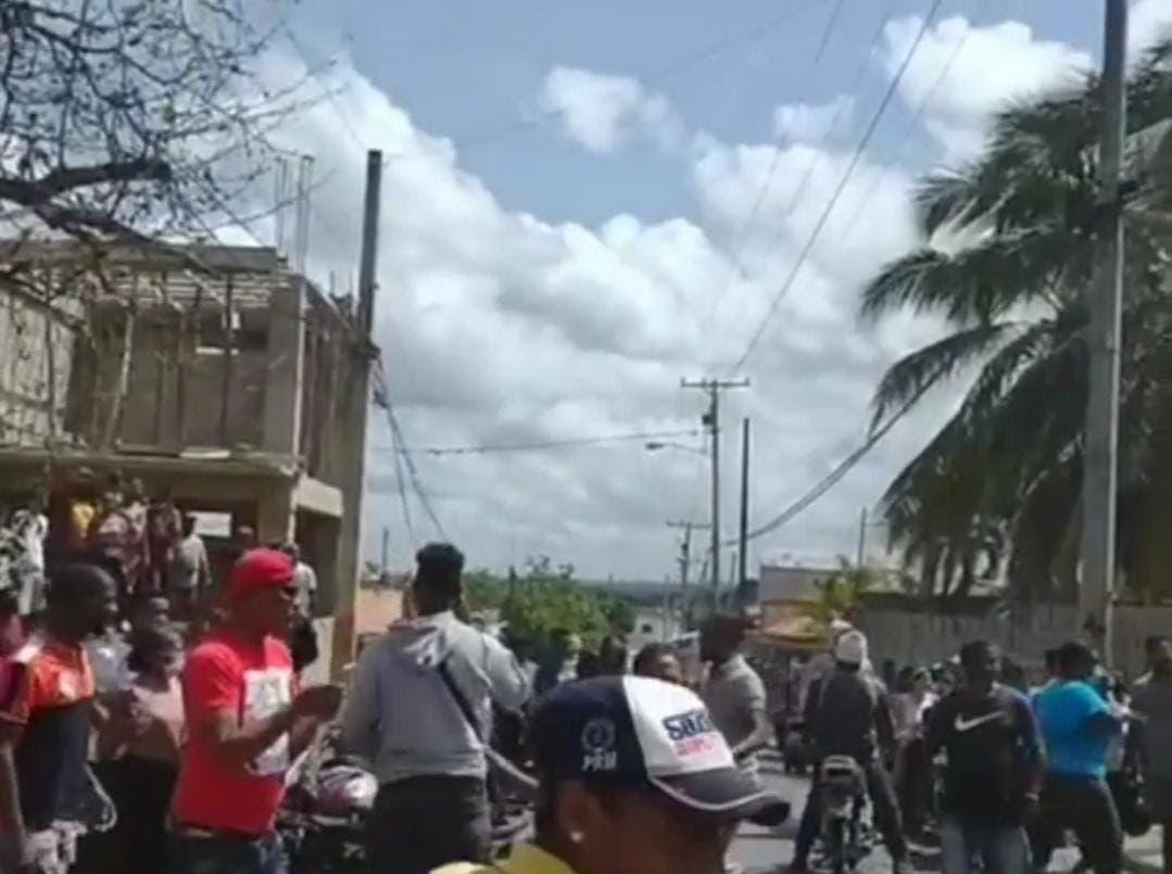 Buscan controlar motín cárcel de Cotuí
