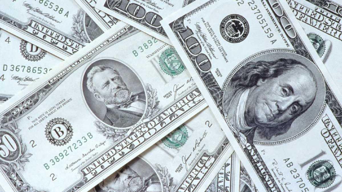 A prisión mujer estafó banco con casi dos millones dólares