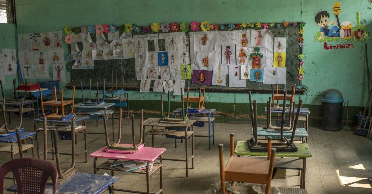 Millones de alumnos siguen sin ir a clase por pandemia