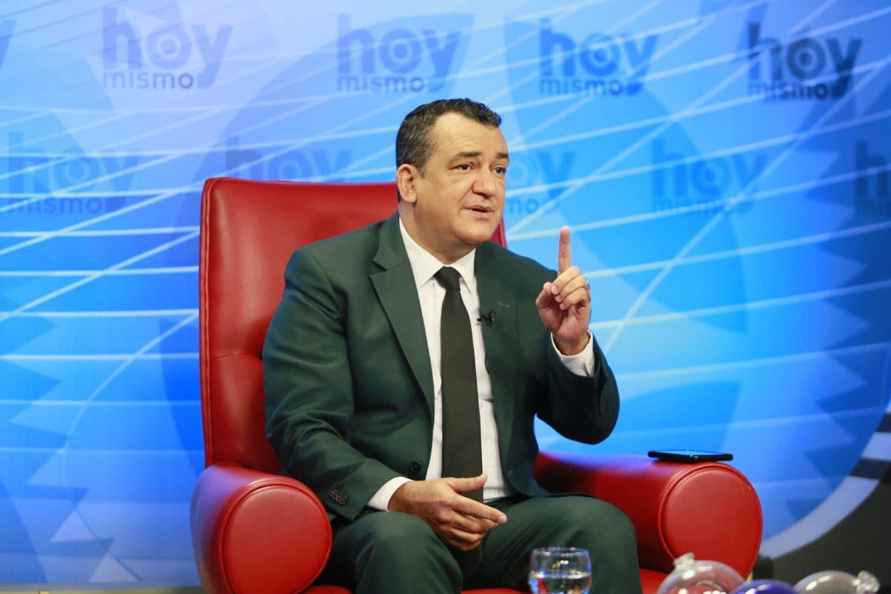 Presidente JCE: ley vigente no sanciona violación a topes asignados a candidatos