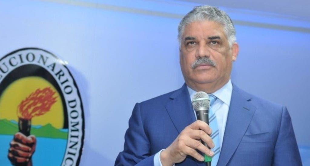 PRD insta al gobierno a desistir de presentar reforma fiscal