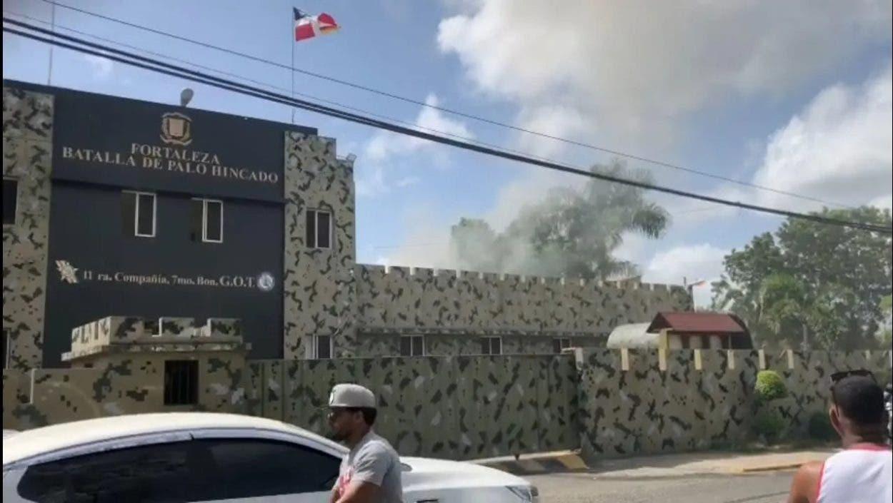 Trasladan 54 reclusos para recuperar control de cárcel en Cotuí