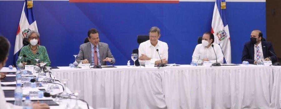 Reunión comisión negociaciones RD