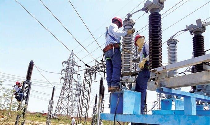 Sugieren a Abinader intervenir sector eléctrico