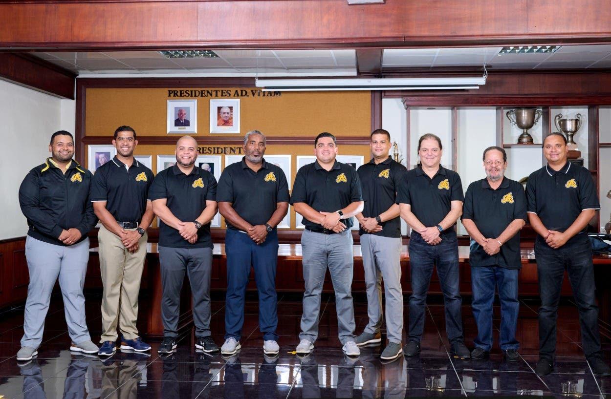Águilas Cibaeñas presentan staff con la finalidad de retener corona
