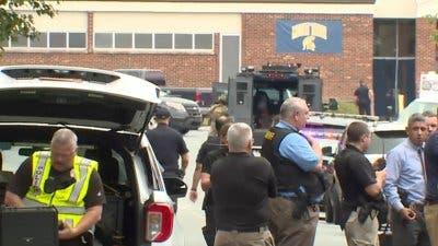 fue detenido el miércoles tras la muerte a tiros de un estudiante en una secundaria de Carolina del Norte, informaron las autoridades.