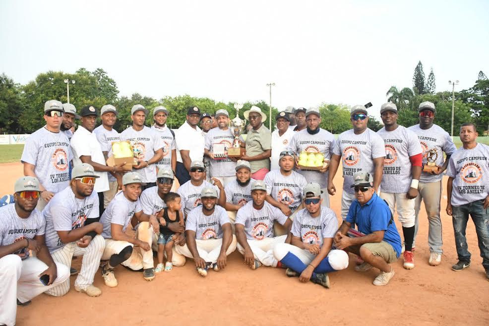 Seguro Patria gana torneo de softbol