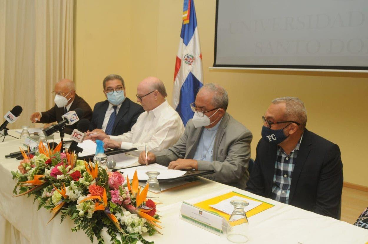 UCSD firma convenio con Instituto de Peña Gómez
