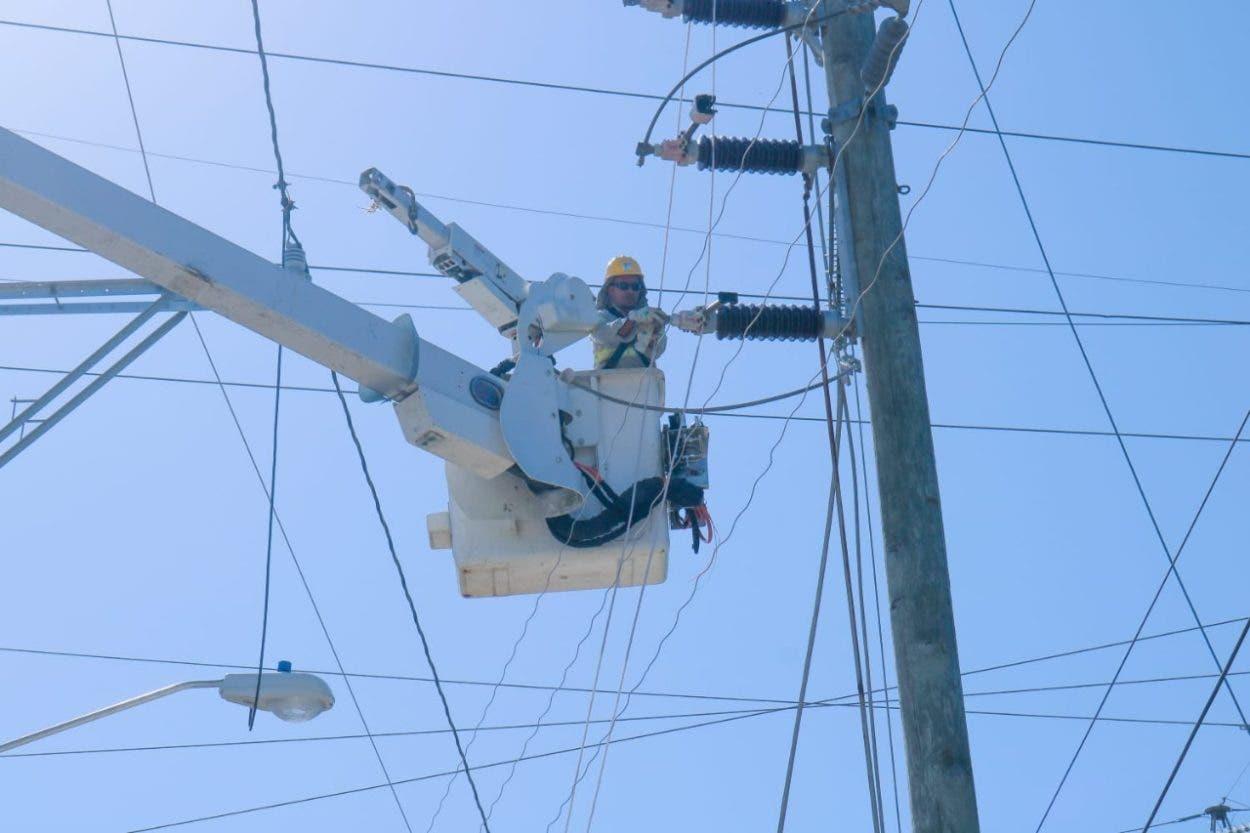 Restablecen línea transmisión Pimentel–Nagua