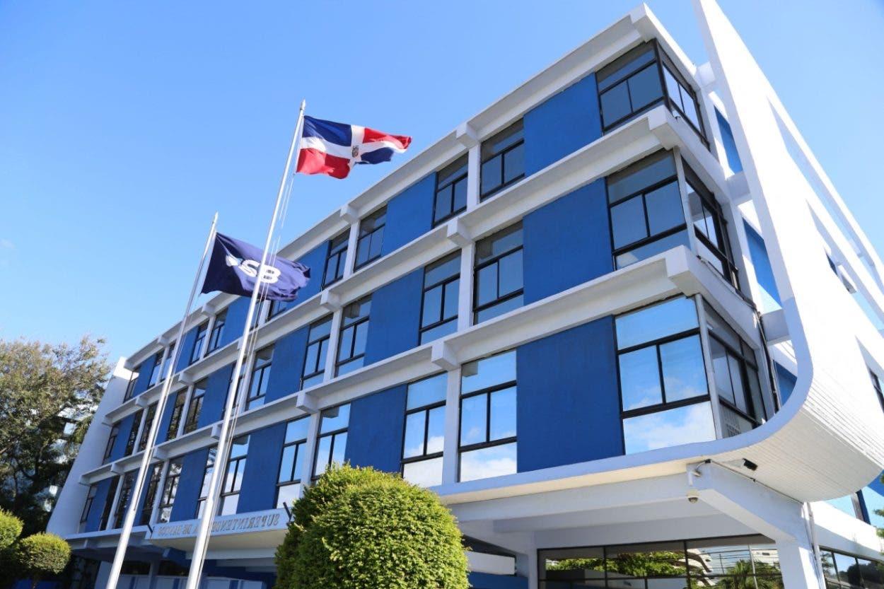Activos banca dominicana registra crecimiento  de 17.2%