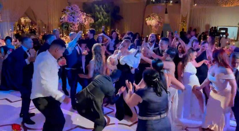 Adele y LeBron no se pudieron resistir a bailar dembow