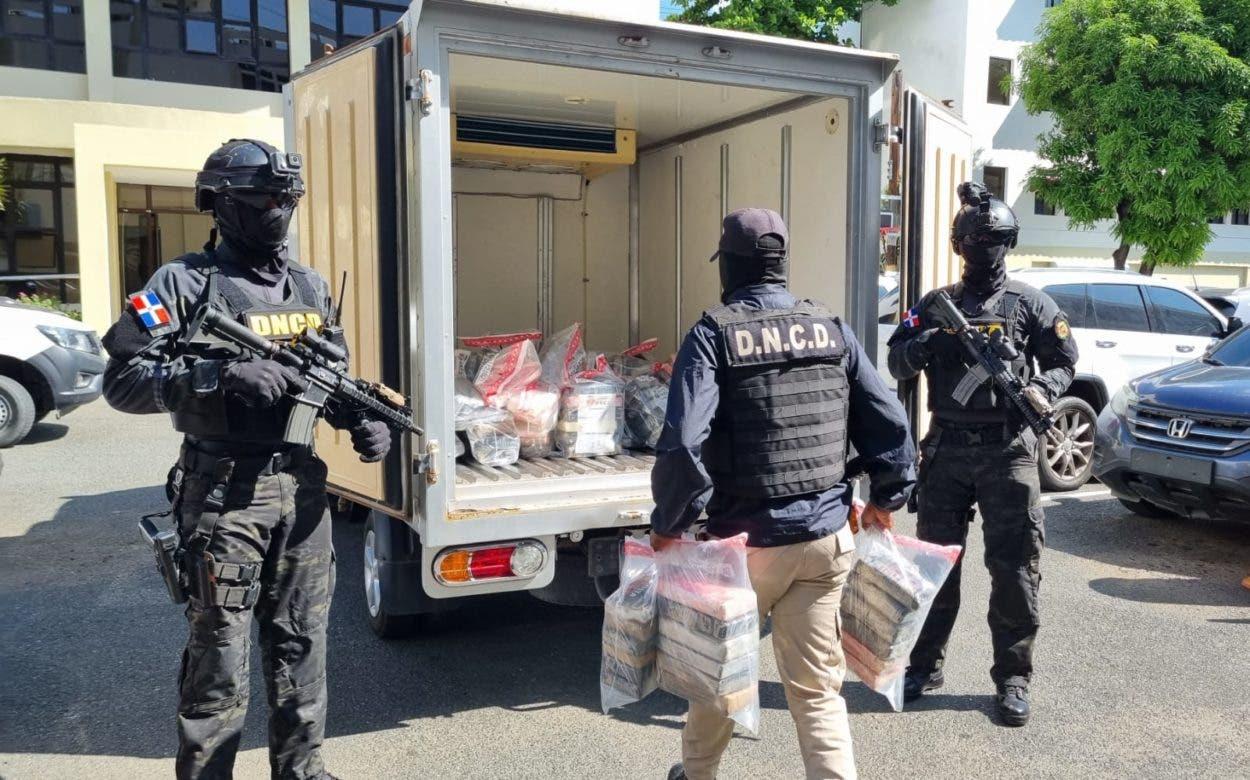 DNCD ocupa 182 paquetes cocaína