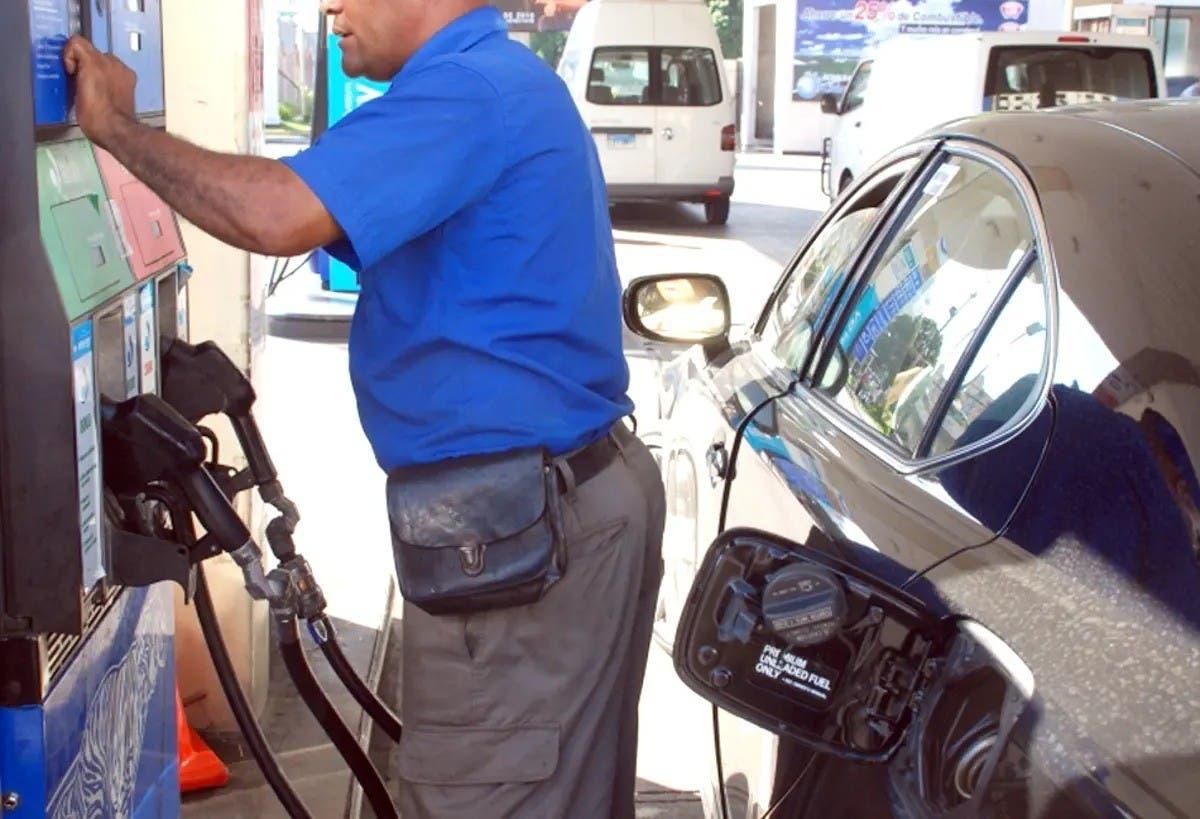 Gobierno vuelve a congelar precio de combustibles